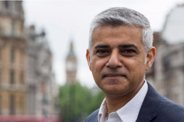 Sadiq Khan agrees landmark deal for 20,000 new homes