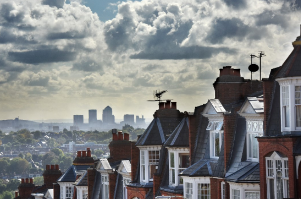 London property market 'highly exposed' in face of possible no-deal Brexit